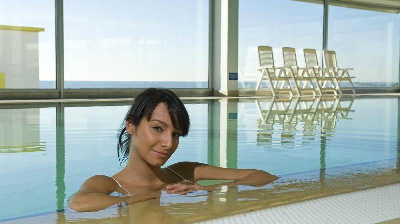 Chiusura della piscina sauna e bagno turco manutenzione for Bagno della piscina